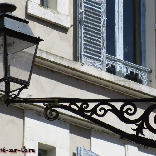 Lanterne rue des Hôtelleries